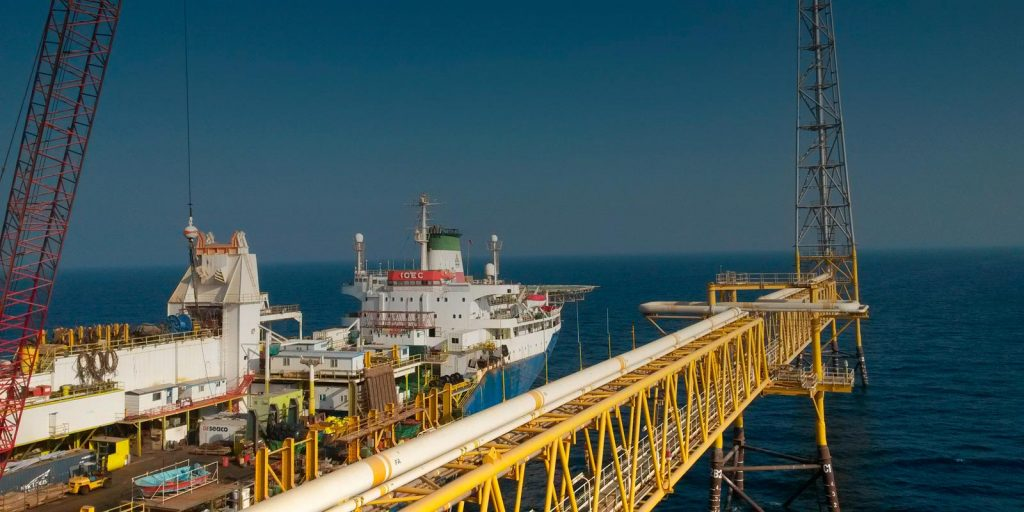 Газовые платформы Южного Парса